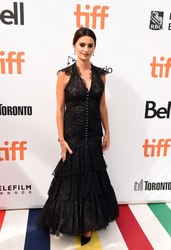 Penelope Cruz - 'Everybody Knows' Premiere during the 2018 Toronto International Film Festival 9/8/18