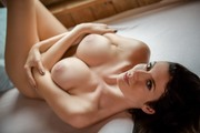 http://thumbs2.imagebam.com/8c/12/bd/8339fb766787983.jpg