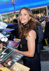 Jennifer Garner Visits 'Good Morning America' in New York City 07/16/20182af894921666674