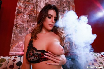 Michele James - Huff Puff And Blow (26.03.2019) 1080p
