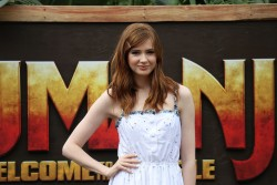 Karen Gillan -                ''Jumanji: Welcome to the Jungle'' Photocall Kapolei Hawaii November 27th 2017 (LQ).