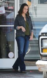 Jennifer Love Hewitt - On the set of 9-1-1 in LA 8/9/2018 fae8d6942151354