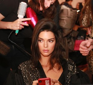 Kendall Jenner - 2018 Victoria's Secret Fashion Show in NYC 11/8/2018 d7457d1026204924