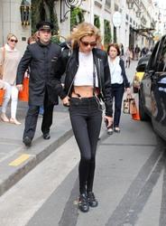 Stella Maxwell - Leaving her hotel in Paris 5/2/18