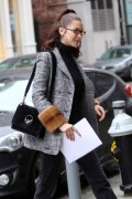 Bella Hadid - Apartment shopping in NYC 1/12/18