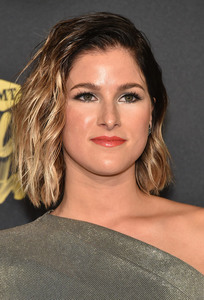 Cassadee Pope - 2018 CMT Music Awards in Nashville 6/6/18