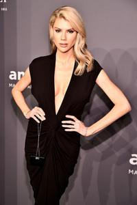 Charlotte McKinney - 2019 amfAR Gala in NYC 2/6/19