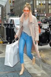 Gigi Hadid - Shopping in NYC 1/11/18