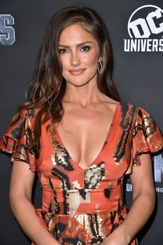 Minka KELLY at Titans Premiere in New York 10/03/2018