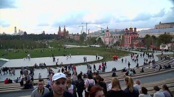 Гостиница Россия. За парадным фасадом (2017) HDTVRip