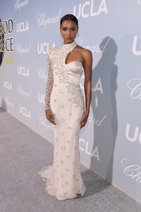 Jasmine Tookes - 2019 Hollywood For Science Gala in Beverly Hills 2/21/19