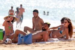Izabel Goulart in Bikini candids on the beach in Fernando de Noronha 01/03/201859e419707994603