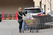 Anna Kournikova - Grocery shopping in Miami 12/12/18