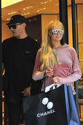 Paris Hilton - Shopping in Paris 6/26/18