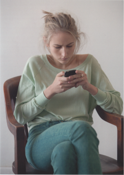Leelee Sobieski - Magazine scan x1