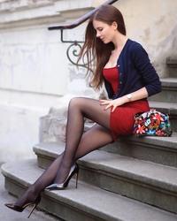 http://thumbs2.imagebam.com/95/2f/c3/0b325f1265122964.jpg