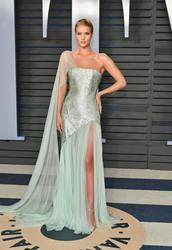 Rosie Huntington-Whiteley - 2018 Vanity Fair Oscar Party 3/4/18