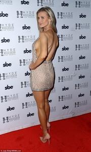 Kim Kardashian 2 vs. Joanna Krupa 5 (Mundial 7 grupo F jornada 2 partido 2). (FINALIZADO). A3df02996119524