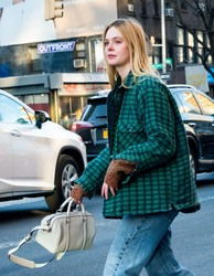 Elle Fanning - Shopping in NYC 1/13/19