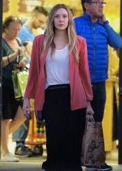 Elizabeth Olsen - Shopping at Trader Joes in Los Feliz 2/1/18
