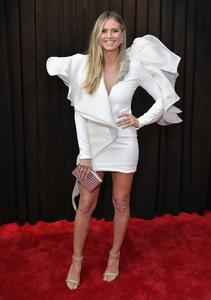 Heidi Klum - 61st Annual GRAMMY Awards in LA 2/10/19