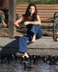 Selena Gomez at Lake Balboa park in Encino 02/02/2018bcc598737640973