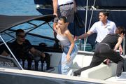 Bella Hadid boarding a yacht in Monaco 05/25/20184ec66e876374824