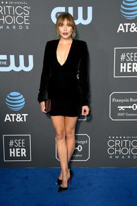 Elizabeth Olsen - 24th Annual Critics' Choice Awards in Santa Monica 1/13/19