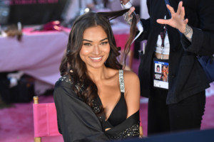 Shanina Shaik - 2018 Victoria's Secret Fashion Show in NYC 11/8/2018 3983c11026215414