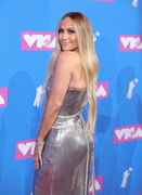 Дженнифер Лопез (Jennifer Lopez) MTV Video Music Awards, 20.08.2018 (95xHQ) 1e2997955995054
