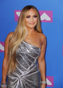 Дженнифер Лопез (Jennifer Lopez) MTV Video Music Awards, 20.08.2018 (95xHQ) A3e4ca955997394