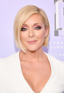 Jane Krakowski - 2018 Fragrance Foundation Awards in NYC (6/12/18)