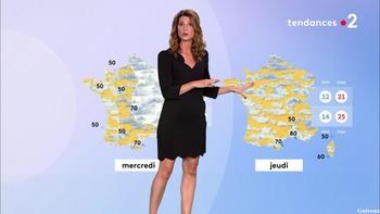 Chloé Nabédian - Août 2018 05bfae957625094
