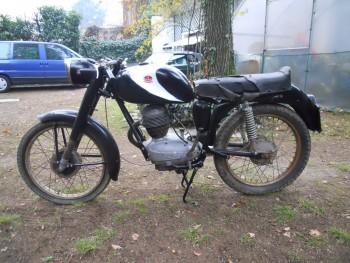 Restauration MONDIAL 125cc Champion Lusso. E75f03660887223
