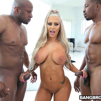 Она любит два больших черных члена одновременно. / Brandi Bae - Two Big Black Cocks for Brandi (2018) HD 1080p