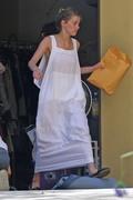 Amber Heard - Cleaning her garage in LA 7/30/2018 2acf99932676674