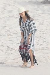 Jessica Alba - On the beach in Mexico 12/30/18