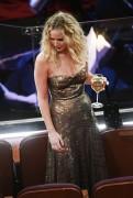 Дженнифер Лоуренс (Jennifer Lawrence) 90th Annual Academy Awards at Hollywood & Highland Center in Hollywood, 04.03.2018 - 85xHQ 95feaa880702304