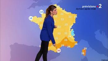 Chloé Nabédian - Août 2018 5a2bda959345744