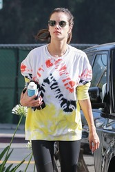Alessandra Ambrosio - Going to yoga class in Brentwood 6/13/18