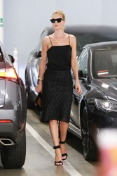Rosie Huntington-Whiteley - Out in Beverly Hills 8/7/18