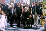 Люди Икс 2 / X-Men 2 (Хью Джекман, Холли Берри, Патрик Стюарт, Иэн МакКеллен, Фамке Янссен, Джеймс Марсден, Ребекка Ромейн, Келли Ху, 2003) 8c25081208767864