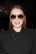 Lindsay Lohan - Saint Laurent Fashion Show in Paris 9/25/2018 020cfc985773094