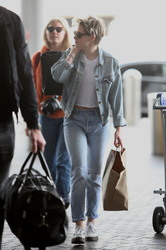 Kristen Stewart - At LAX Airport 3/3/19