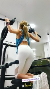 http://thumbs2.imagebam.com/a9/42/be/174f91649724813.jpg