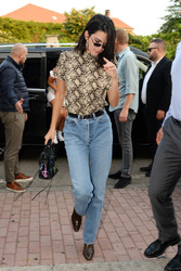 Kendall Jenner - Out in Milan 9/20/2018 463f4d981300184