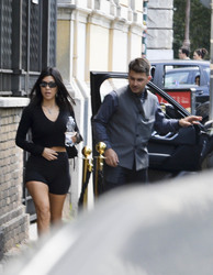 Kourtney Kardashian - Arriving at her hotel in Rome 6/19/18