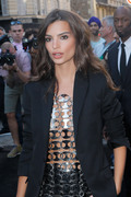 Emily Ratajkowski - Arriving at the Vogue Dinner Party in Paris 7/3/18