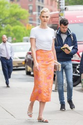 Karlie Kloss - Out in NYC 5/10/18