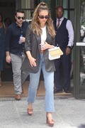 Jessica Alba - Leaving a meeting in NYC 7/24/2018 6f1329931388814